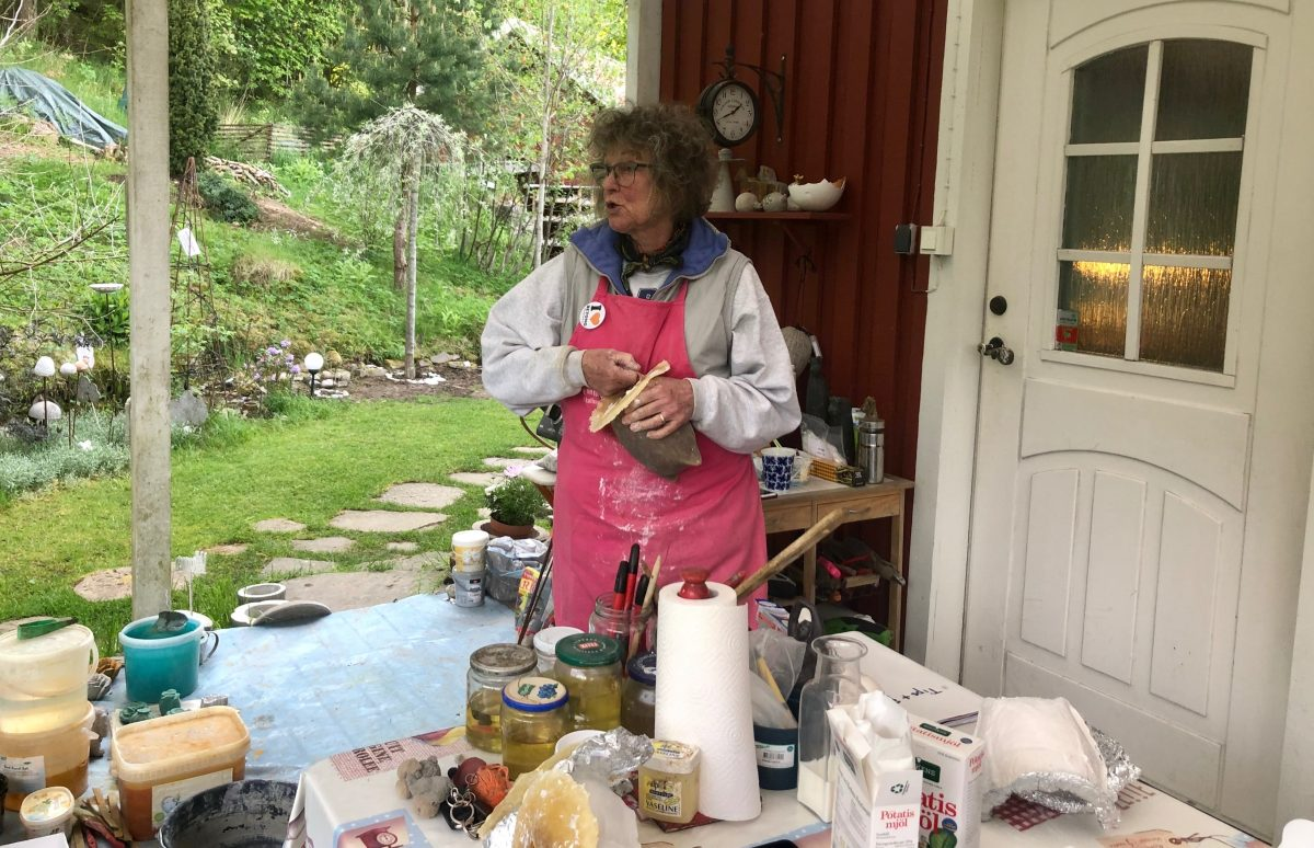 Mould making. In Hyssna Marks County you can visit a private garden and do your own mould making with Meet the Locals